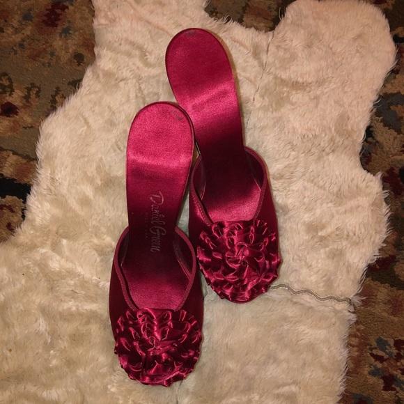 Vintage 1940s Satin Heels